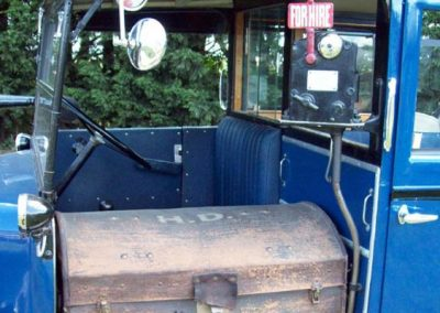 1937 London Taxi luggage trunk