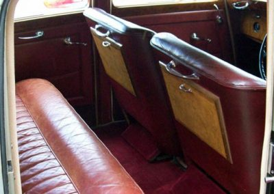 1955 Bentley R Type showing drop down table option